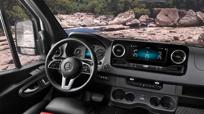 Mercedes-Benz Sprinter 3500 hóa thành nhà di động sang trọng cho giới thượng lưu mê phượt - Ảnh 7.