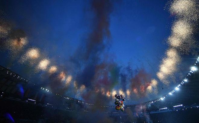 CHÙM ẢNH: Lễ khai mạc EURO 2020 rực rỡ và hiện đại