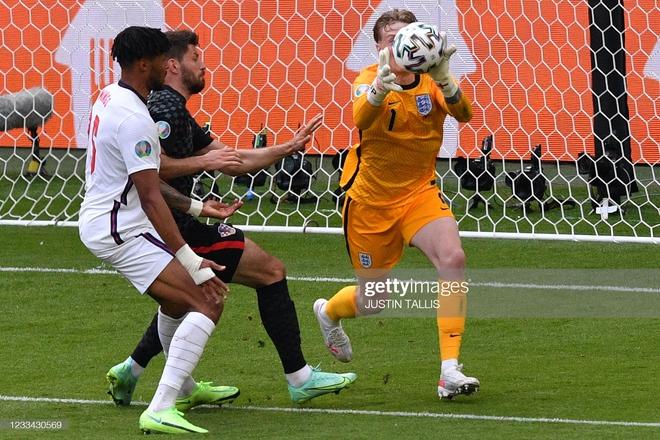 [TRỰC TIẾP] Anh 1-0 Croatia: Tam sư lùi sâu đội hình bảo toàn tỉ số - Ảnh 1.