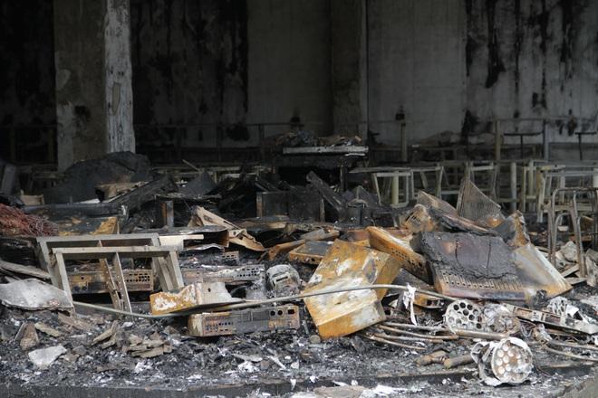 Vụ cháy 6 người tử vong ở Nghệ An: Cả gia đình hiền lành lắm, không chê được điểm gì - Ảnh 4.