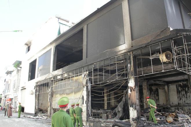 Vụ cháy 6 người chết ở Nghệ An xảy ra như thế nào qua lời kể của những nhân chứng đầu tiên tới hiện trường? - Ảnh 4.