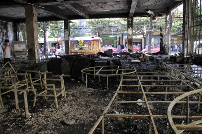 Vụ cháy phòng trà 6 người chết ở Nghệ An: Nhận định nguyên nhân ban đầu - Ảnh 3.