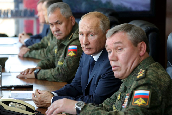 Sự chịu đựng của Gấu Nga đã tới hạn: Đã có kẻ run cầm cập - Ai thích nếm đòn của TT Putin cứ thử xem! - Ảnh 2.