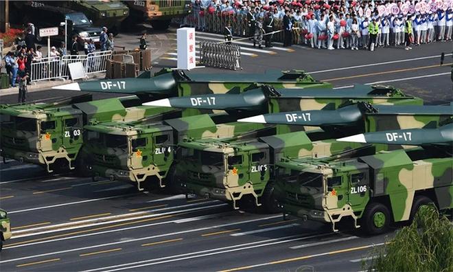 Tàu sân bay Mỹ đối mặt với đe dọa tên lửa siêu vượt âm từ Nga và Trung Quốc - ảnh 1