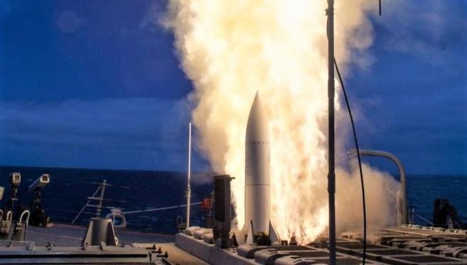 Tàu sân bay Mỹ đối mặt với đe dọa tên lửa siêu vượt âm từ Nga và Trung Quốc - ảnh 2