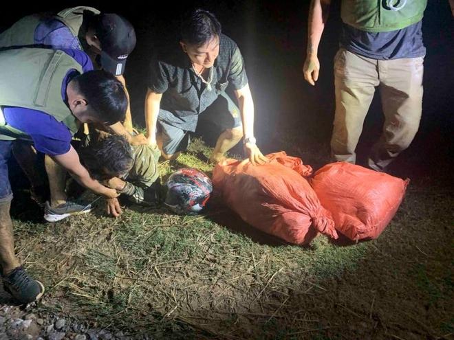 2 đối tượng vận chuyển hơn 23kg ma túy từ Lào về Việt Nam - ảnh 3