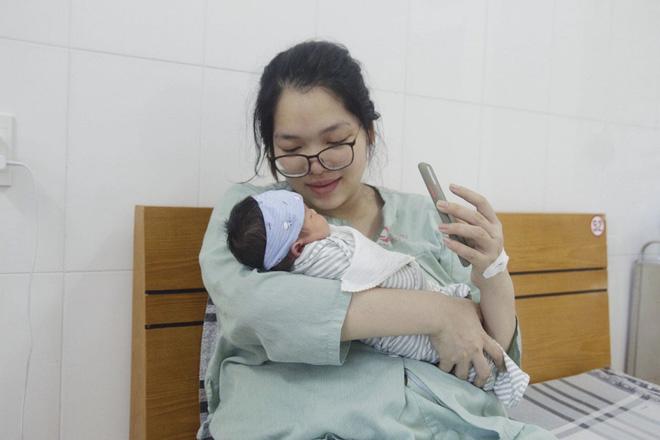 Bác sĩ đất mỏ chi viện cho tâm dịch Bắc Giang: Nhìn con chào đời qua màn hình điện thoại, tôi mừng phát khóc - Ảnh 2.
