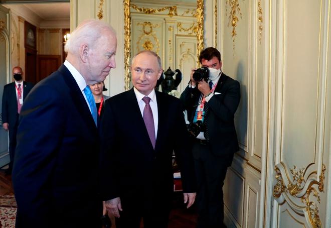 TT Lukashenko tổng động viên quân đội, EU khuyến cáo tránh không phận Belarus - Tình hình hết căng thẳng, Mỹ sẽ hành động trực tiếp? - Ảnh 1.