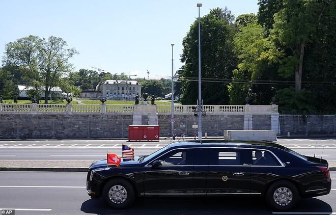 """Siêu xe """"Quái thú"""" của ông Biden và """"Rolls Royce Nga"""" của ông Putin: Xe nào vượt trội hơn? - ảnh 4"""