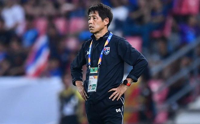 """HLV Nishino nhận """"phán quyết"""" đầy bất ngờ từ LĐBĐ Thái Lan sau thất bại tại vòng loại World Cup"""