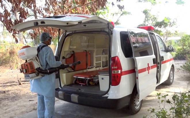 Cụ bà 80 tuổi và nam thanh niên trốn khỏi khu cách ly Bệnh viện dã chiến số 1 ở Trà Vinh