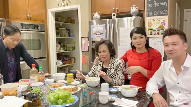 Con dâu tiết lộ cát-xê của danh ca Thanh Tuyền: Mẹ tôi hát event lớn phải 10 ngàn đô một show - Ảnh 4.