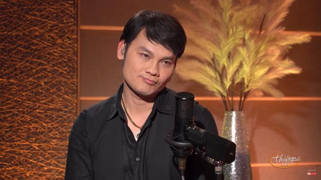 Kim Tiểu Long: Tôi quay xuống cười với khán giả, thế là bị đuổi luôn - Ảnh 3.