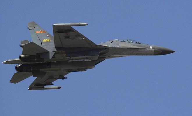 Mỹ phá dự án 11 tỷ USD, sờ lại cáo buộc ám sát nhằm vào TT Putin: Moscow tuyên bố nóng - S-300 Syria nhận lệnh bắn hạ F-35 Anh nếu cần? - Ảnh 1.