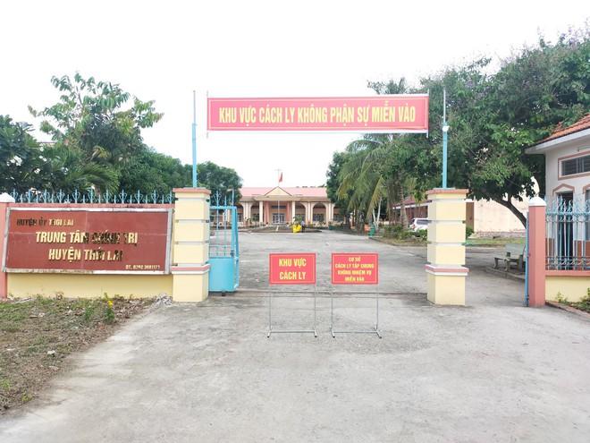 NÓNG: Đề xuất nới lỏng một số hoạt động thiết yếu ở Hà Nội từ ngày mai 22/6; TP.HCM phong tỏa một khu phố hơn 2.000 dân ở quận 8 từ 12h hôm nay - Ảnh 1.