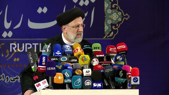 """Tân Tổng thống Iran, người bị Mỹ liệt vào """"danh sách đen"""", là ai và sẽ tạo sự thay đổi như thế nào? - ảnh 12"""