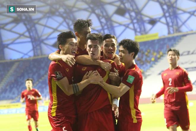Mang trọng trách lớn hơn cả bóng đá, chẳng điều gì có thể khiến thầy Park rời Việt Nam - Ảnh 3.