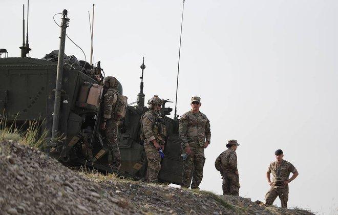 Bộ trưởng Quốc phòng Shoigu cảnh báo nóng: NATO hãy tránh xa biên giới Nga - TT Putin lật tẩy bàn tay đen của Mỹ ở Ukraine - Ảnh 1.