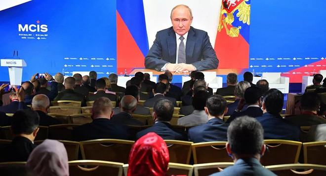 TT Putin lật mặt Mỹ ở Ukraine, Hải quân Nga ra đòn táo bạo chưa từng thấy - Lộ mưu đồ khủng khiếp đánh úp Nga tại Syria - Ảnh 2.