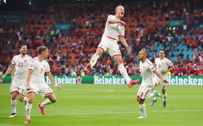 Bale nhạt nhòa trong ngày