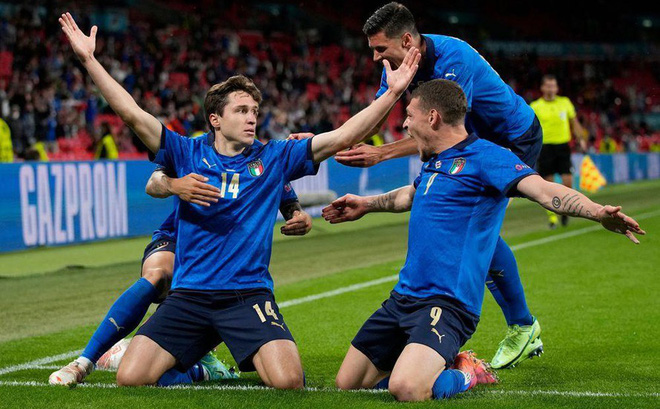 Đội tuyển Ý vào tứ kết EURO, Roberto Mancini: Hạnh phúc vì đã cống hiến!