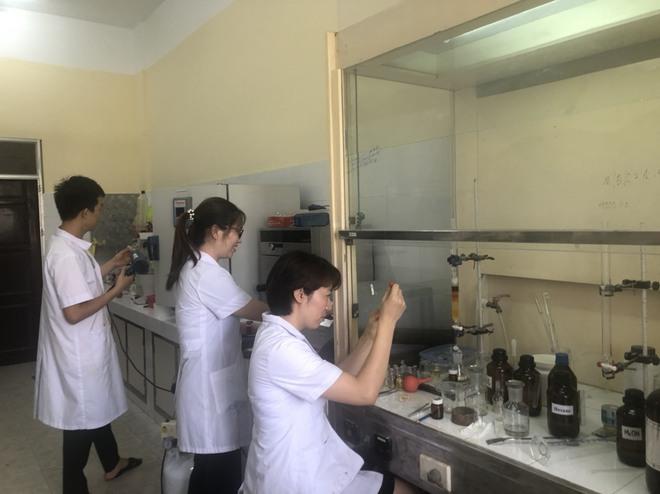 Việt Nam nghiên cứu tổng hợp thành  thuốc điều trị SARS-CoV-2 Favipiravir - Ảnh 1.