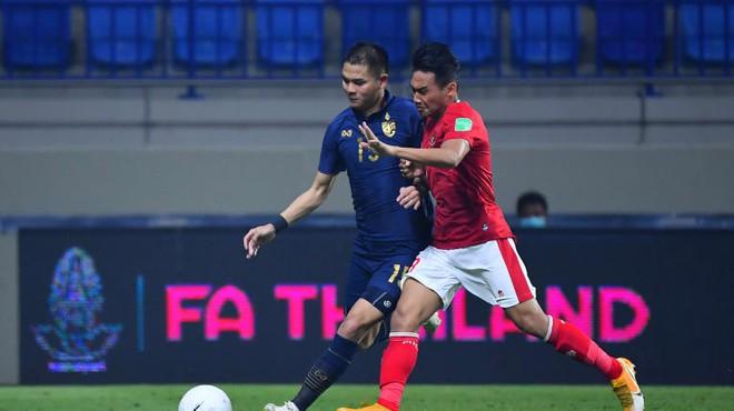 Ngôi sao UAE ghi bàn nhiều hơn cả Messi; FIFA cảnh báo thầy trò HLV Park Hang-seo - Ảnh 1.
