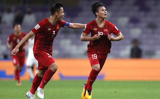 Phóng viên UAE hâm mộ Quang Hải, Văn Lâm dự đoán bất ngờ về đội tuyển Việt Nam