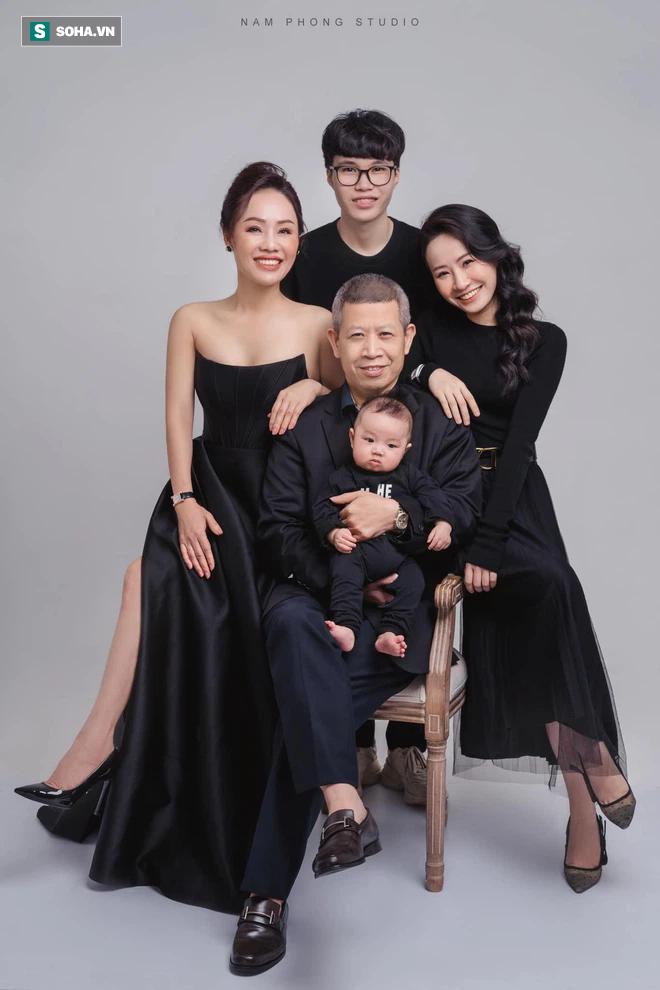 Rich kid Việt tốt nghiệp RMIT được tặng siêu xe 7,4 tỷ đồng, phần thưởng thứ 2 còn gây choáng hơn - Ảnh 7.