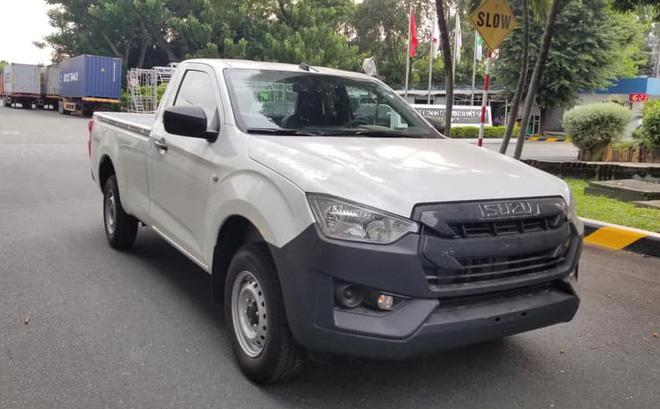 Cận cảnh chiếc xe bán tải rẻ vô địch, không có đối thủ ở Việt Nam
