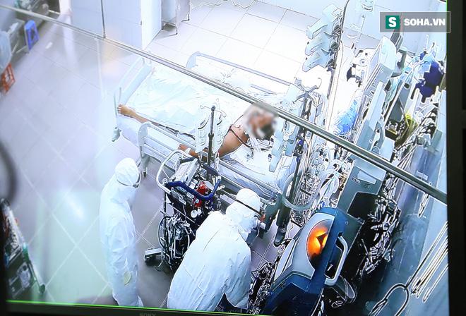 Bí thư Nguyễn Văn Nên thăm chiến sĩ công an TP.HCM nhiễm Covid-19 nặng: Mong bác sĩ giúp đồng chí Đ. vượt qua cơn hiểm nghèo - Ảnh 4.