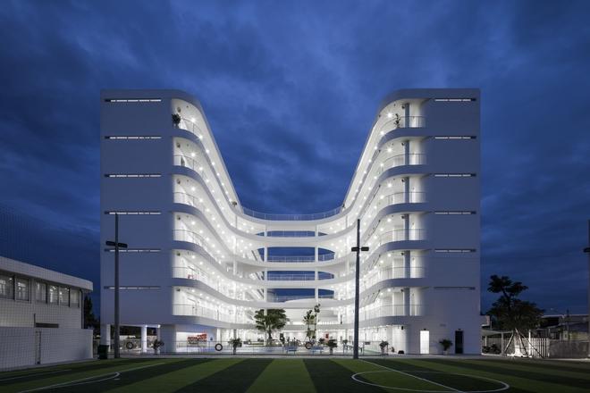Kiến trúc chuyển động kỳ lạ của công trình ở Tây Ninh - Ảnh 8.