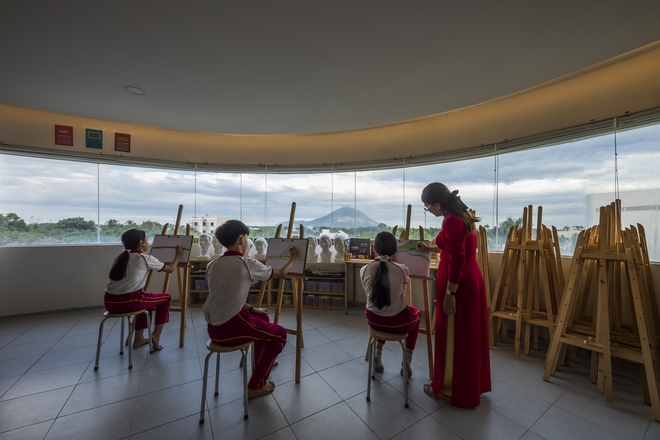 Kiến trúc chuyển động kỳ lạ của công trình ở Tây Ninh - Ảnh 2.
