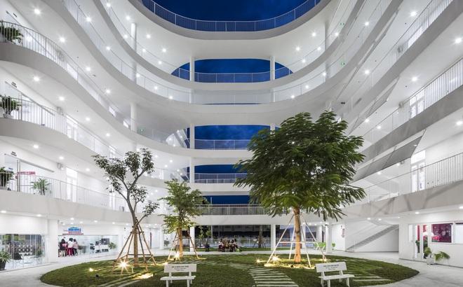 """Kiến trúc """"chuyển động"""" kỳ lạ của công trình ở Tây Ninh"""