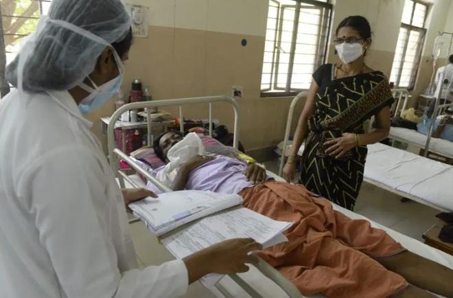 Dịch bệnh chết chóc mới khiến Ấn Độ gục ngã: 60% bệnh nhân phải cắt bỏ một phần khuôn mặt - Ảnh 3.