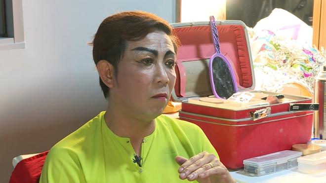 Nghệ sĩ Lê Tín: Phải ở nhờ nhà kho danh hài Út Mập nhưng bị vợ đàn anh đuổi khéo - Ảnh 1.