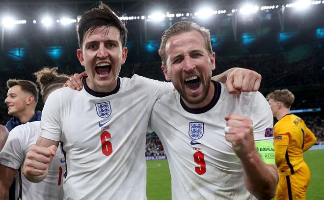 Đội tuyển Anh làm nên lịch sử chính là nhờ một chiến binh vững chãi hơn cả Terry và Rio Ferdinand