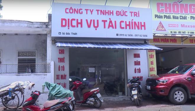Phá đường dây cho vay nặng lãi hơn 500 tỷ đồng núp bóng doanh nghiệp ở Nghệ An - Ảnh 1.