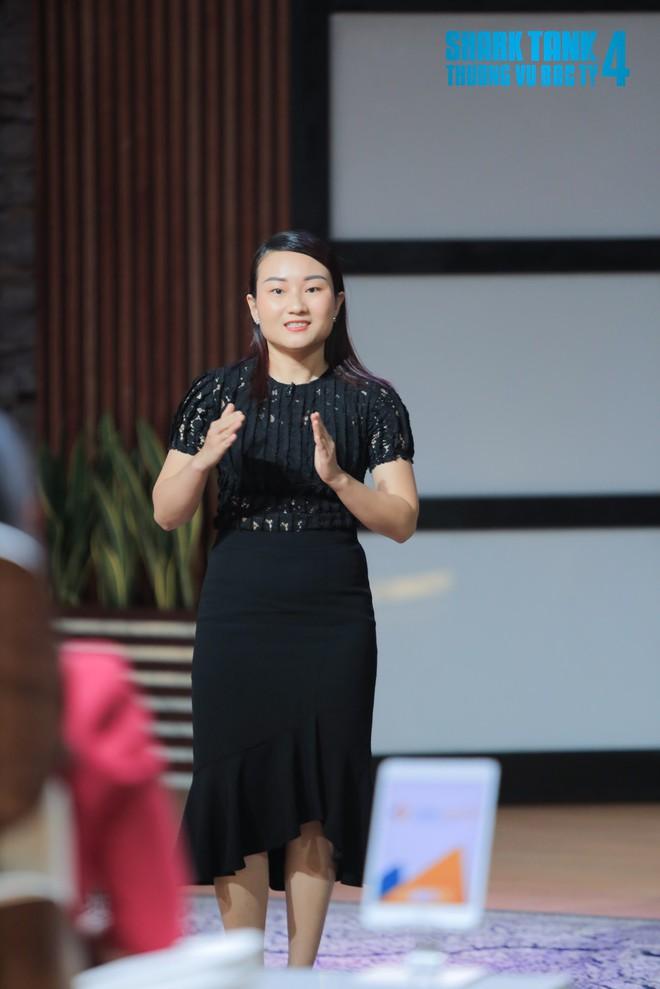 Nữ CEO chào sân ấn tượng với câu hỏi hé lộ nỗi sợ khen người khác xinh của Shark Phú - Ảnh 3.