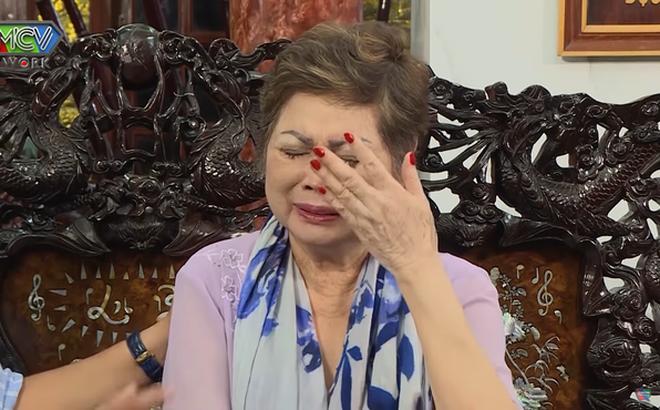 Trước khi qua đời, mẹ Ngọc Sơn khóc, đau đớn nói tâm nguyện gì bởi quá lo lắng cho con trai?
