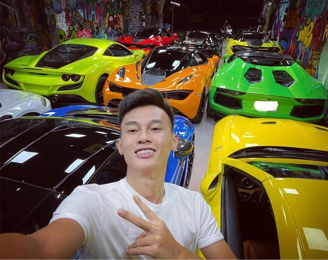 Chuyện hiếm thấy tại Việt Nam: Đại gia 9x lái siêu xe Mẹc đi ship gạo, nước mắm - Ảnh 7.