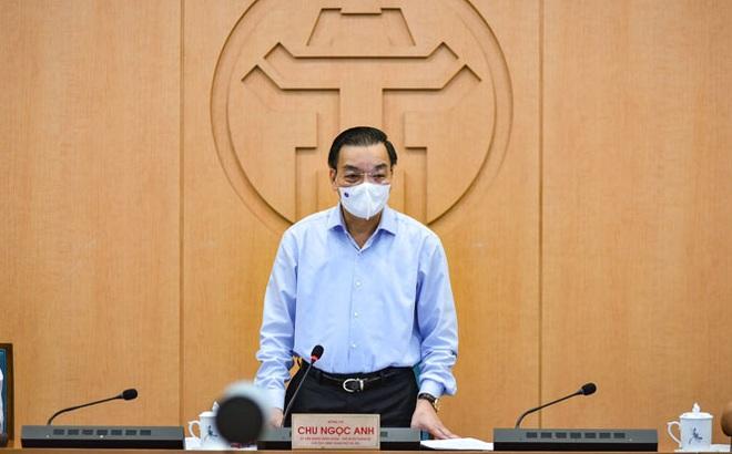 Chủ tịch Hà Nội: Nguy cơ lây lan dịch bệnh hiện rất lớn, chỉ trễ chỉ 1 - 2 ngày là rất nguy hiểm