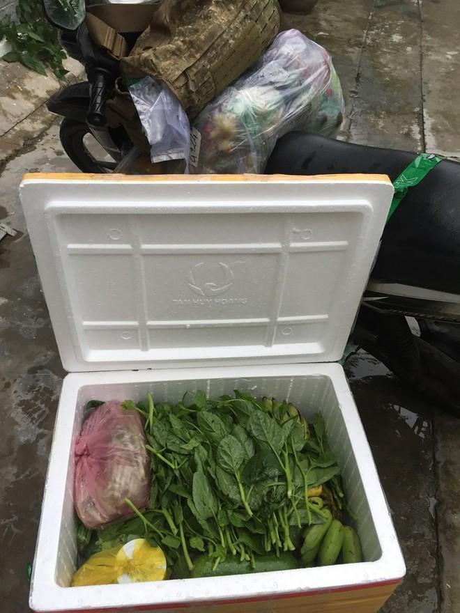Vụ thanh niên trình bày ra nhà xe để lấy thực phẩm: Đội CSGT Bàn Cờ giữ nguyên quan điểm xử phạt - Ảnh 2.
