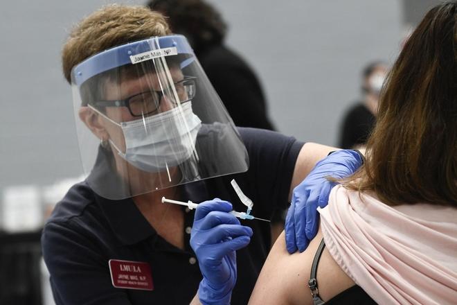 Cuba hé lộ thế lực thù địch muốn ngăn Cuba phát triển vaccine COVID-19; Trung Quốc đòi điều tra giả thiết virus bắt nguồn từ phòng thí nghiệm Mỹ - Ảnh 1.