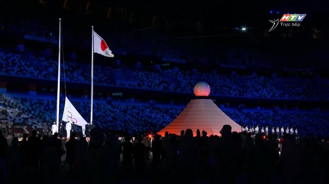 TRỰC TIẾP Lễ khai mạc Olympic 2020: Đoàn Việt Nam diễu hành trong sắc đỏ - Ảnh 4.