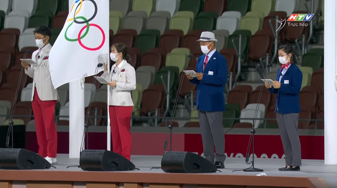 TRỰC TIẾP Lễ khai mạc Olympic 2020: Đoàn Việt Nam diễu hành trong sắc đỏ - Ảnh 3.