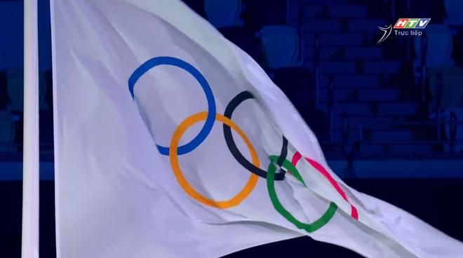 TRỰC TIẾP Lễ khai mạc Olympic 2020: Đoàn Việt Nam diễu hành trong sắc đỏ - Ảnh 7.