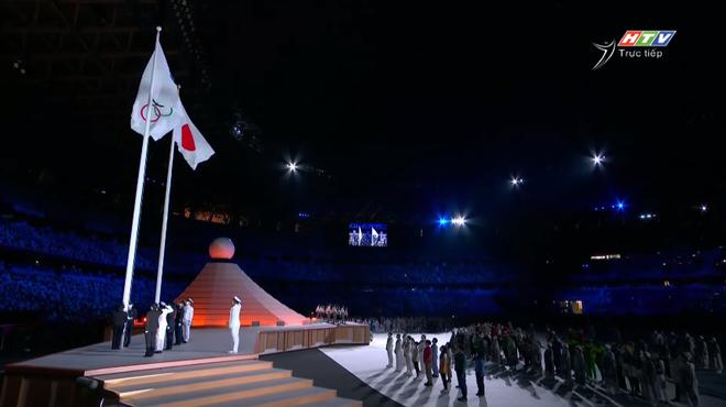 TRỰC TIẾP Lễ khai mạc Olympic 2020: Đoàn Việt Nam diễu hành trong sắc đỏ - Ảnh 8.