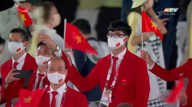 TRỰC TIẾP Lễ khai mạc Olympic 2020: VĐV Việt Nam sẵn sàng cho lễ diễu hành - Ảnh 6.