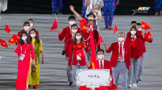 TRỰC TIẾP Lễ khai mạc Olympic 2020: VĐV Việt Nam sẵn sàng cho lễ diễu hành - Ảnh 7.